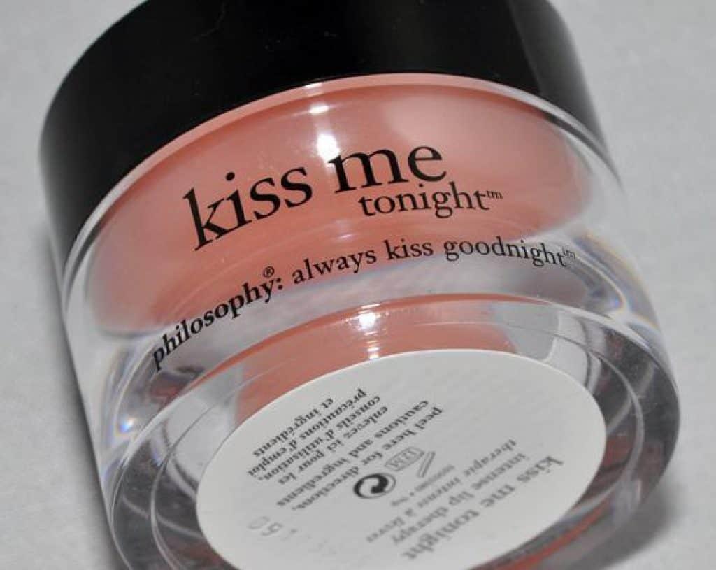 Son dưỡng giảm thâm Kiss me tonight