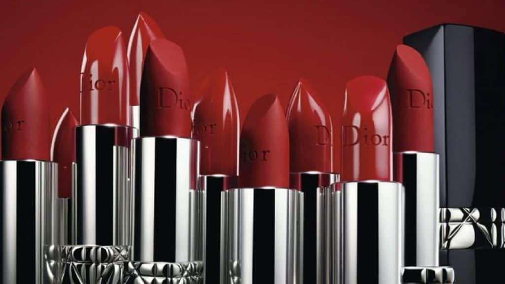Thiết kế ngòi son đặc trưng của Dior